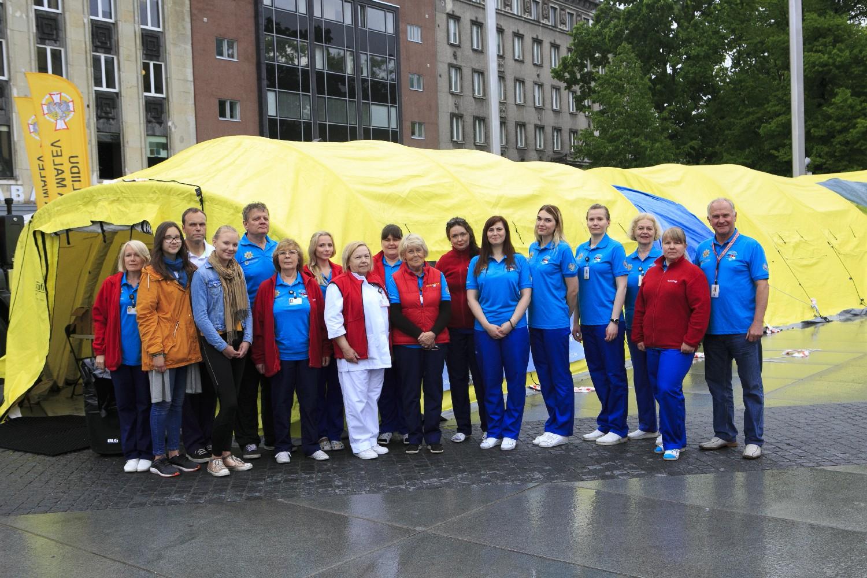 Verekeskuse meeskond Tallinnas Vabaduse väljakul
